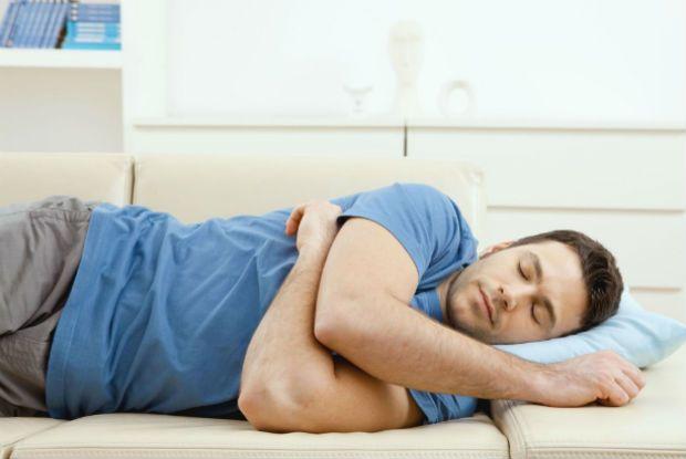 Можно ли после инфаркта спать на левом боку