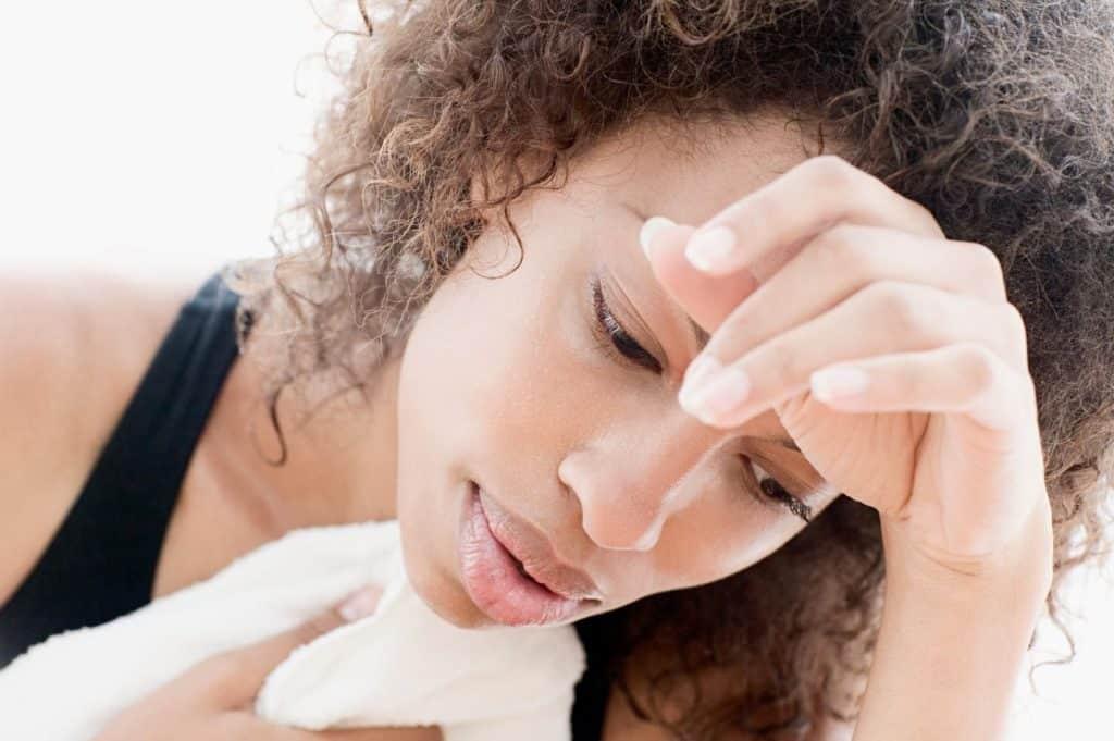 Почему во сне потеет шея у взрослого