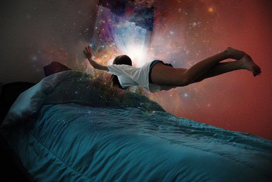 В какой фазе человек видит сны